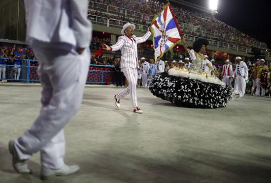 عروض-راقصة-تهيمن-على-العاصمة-البرازيلية