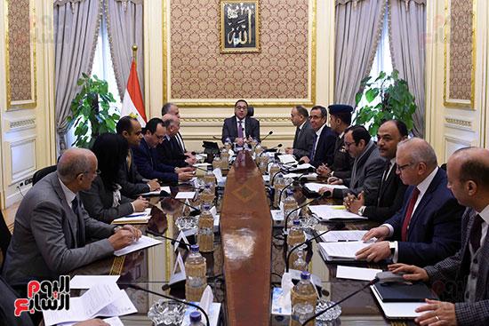 رئيس الوزراء يتابع أخر تطورات ملف سد النهضة (2)