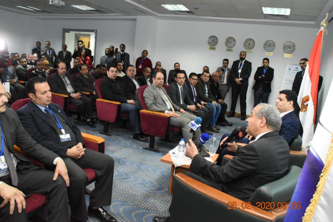 زيارة وزير التموين لمقر جهاز حماية المستهلك بالقرية الذكية (3)