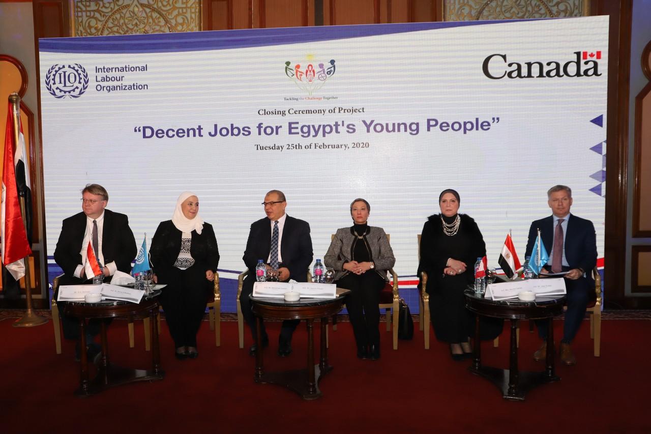 فعاليات مشروع وظائف لائقة لشباب مصر  (5)