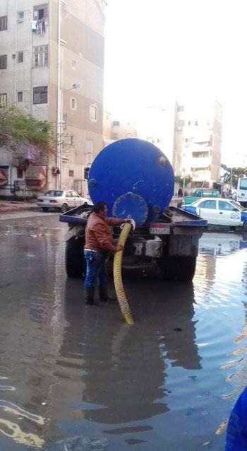 شفط-مياه-الأمطار-من-شوارع-بورسعيد