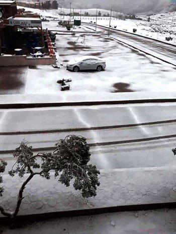 الثلوج-تغطى-المدينة-بالكامل