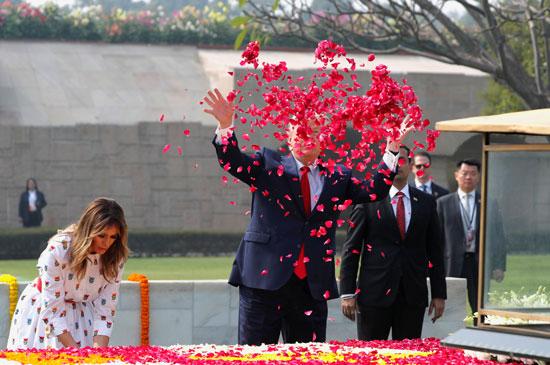 ترامب والورود الحمراء