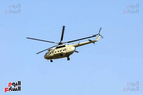 وصول طائرة جثمان الرئيس الأسبق مبارك (19)