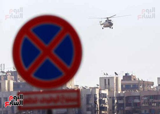 طائرة جثمان الرئيس الأسبق مبارك (14)