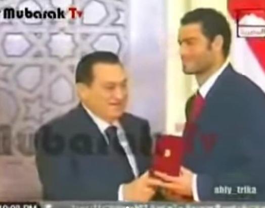 عبد المنصف مع الرئيس الراحل