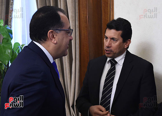 اجتماع مجلس الوزراء  (1)
