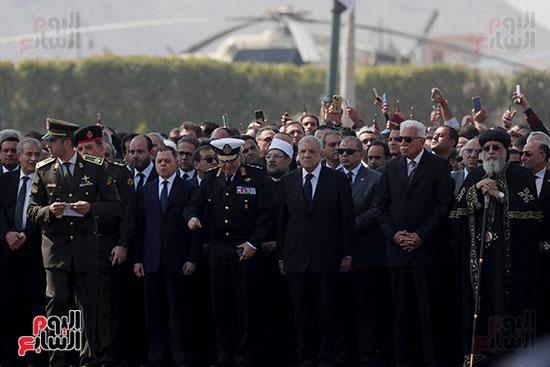 الجنازة العسكرية للرئيس الأسبق (2)