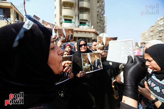 طائرة جثمان الرئيس الأسبق مبارك (4)