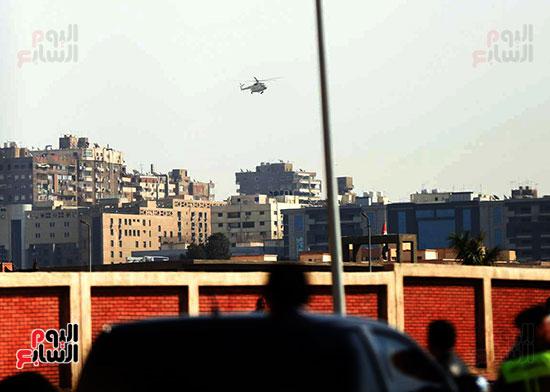 طائرة جثمان الرئيس الأسبق مبارك (9)