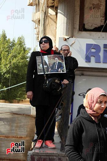 وصول طائرة جثمان الرئيس الأسبق مبارك (11)