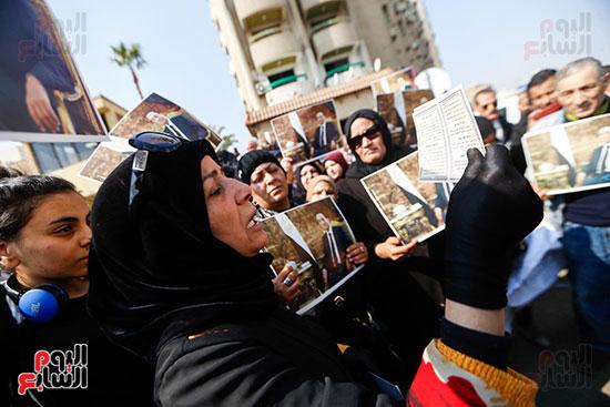 طائرة جثمان الرئيس الأسبق مبارك (12)