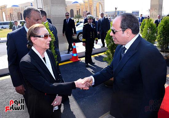 الرئيس السيسى يعزى سوزان مبارك