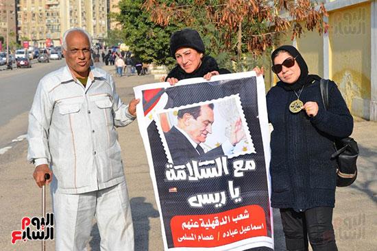 أحمد عز في جنازة مبارك (1)