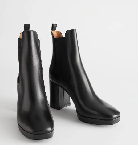 حذاء بدون زخرفة