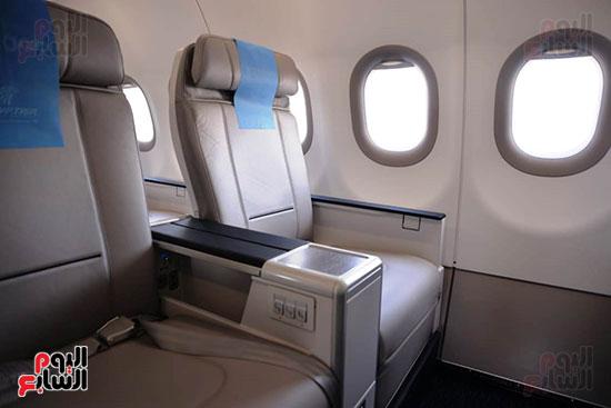 الطائرة الرابعة إيرباص A320neo تصل مطار القاهرة (3)