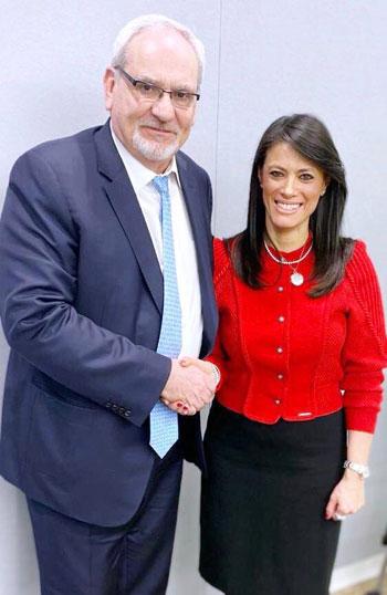 الدكتورة رانيا المشاط وزيرة التعاون الدولى تلتقى رئيس مؤسسة التمويل الدولية (1)