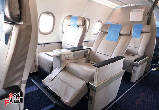 الطائرة الرابعة إيرباص A320neo تصل مطار القاهرة (4)