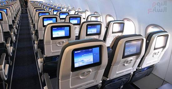 الطائرة الرابعة إيرباص A320neo تصل مطار القاهرة (6)
