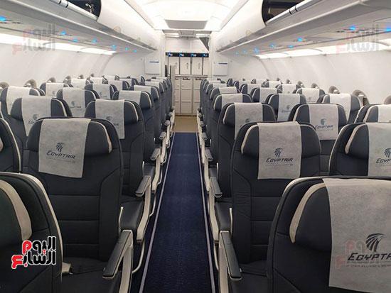 الطائرة الرابعة إيرباص A320neo تصل مطار القاهرة (2)