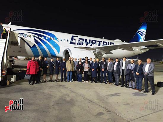 الطائرة الرابعة إيرباص A320neo تصل مطار القاهرة (1)