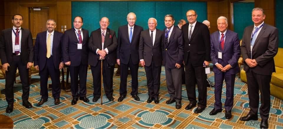 محافظ بورسعيد باجتماع لجنة النقل (3)