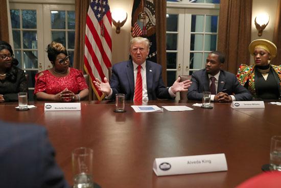 الرئيس-الأمريكى-يخاطب-الحضور