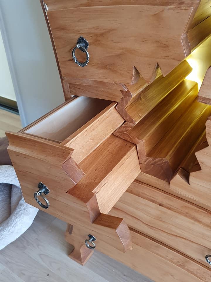 تفاصيل الأعمال الخشبية