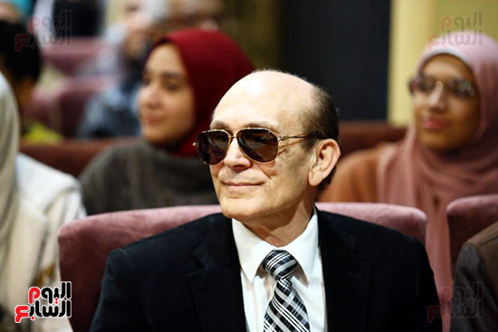 محمد صبحي يبدأ ندوته بمعرض الكتاب (18)
