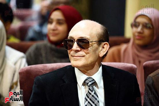 محمد صبحي يبدأ ندوته بمعرض الكتاب (20)