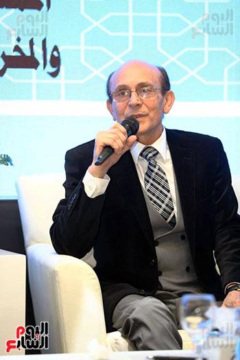 محمد صبحي يبدأ ندوته بمعرض الكتاب (3)
