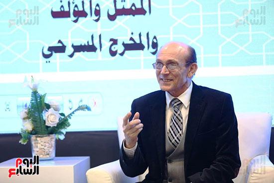 محمد صبحي يبدأ ندوته بمعرض الكتاب (28)