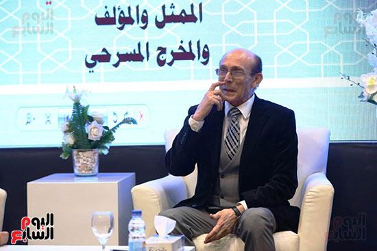 محمد صبحي يبدأ ندوته بمعرض الكتاب (27)