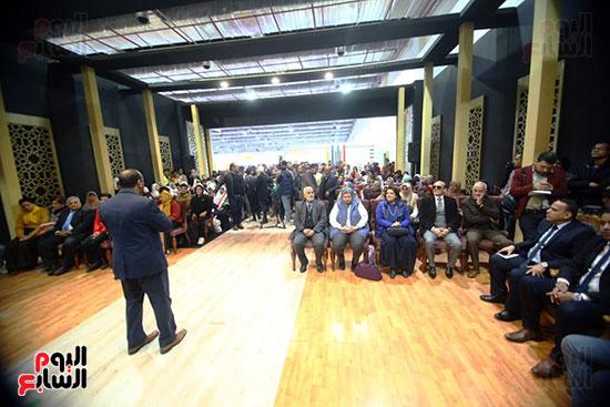 محمد صبحي يبدأ ندوته بمعرض الكتاب (21)