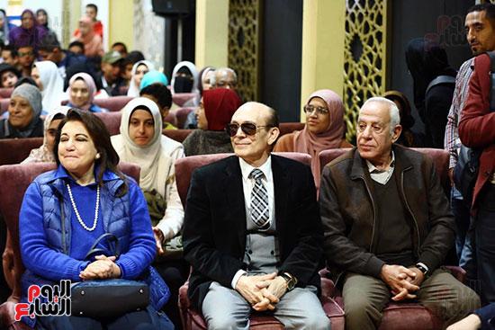 محمد صبحي يبدأ ندوته بمعرض الكتاب (17)