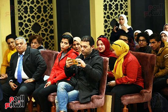 محمد صبحي يبدأ ندوته بمعرض الكتاب (19)