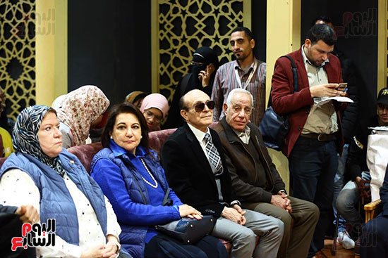 محمد صبحي يبدأ ندوته بمعرض الكتاب (16)