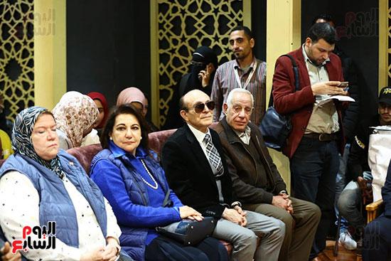 محمد صبحي يبدأ ندوته بمعرض الكتاب (14)