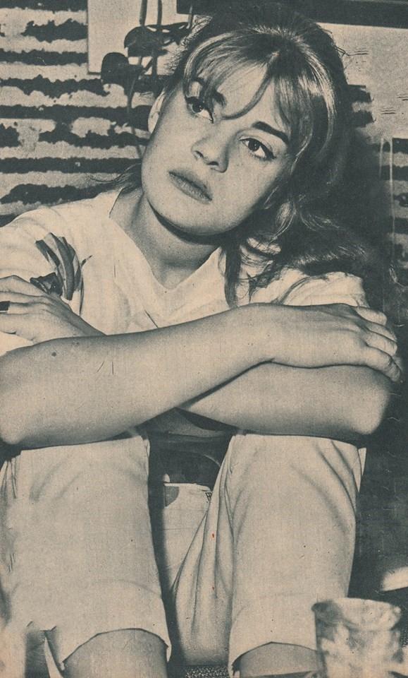 صورة فى شبابها