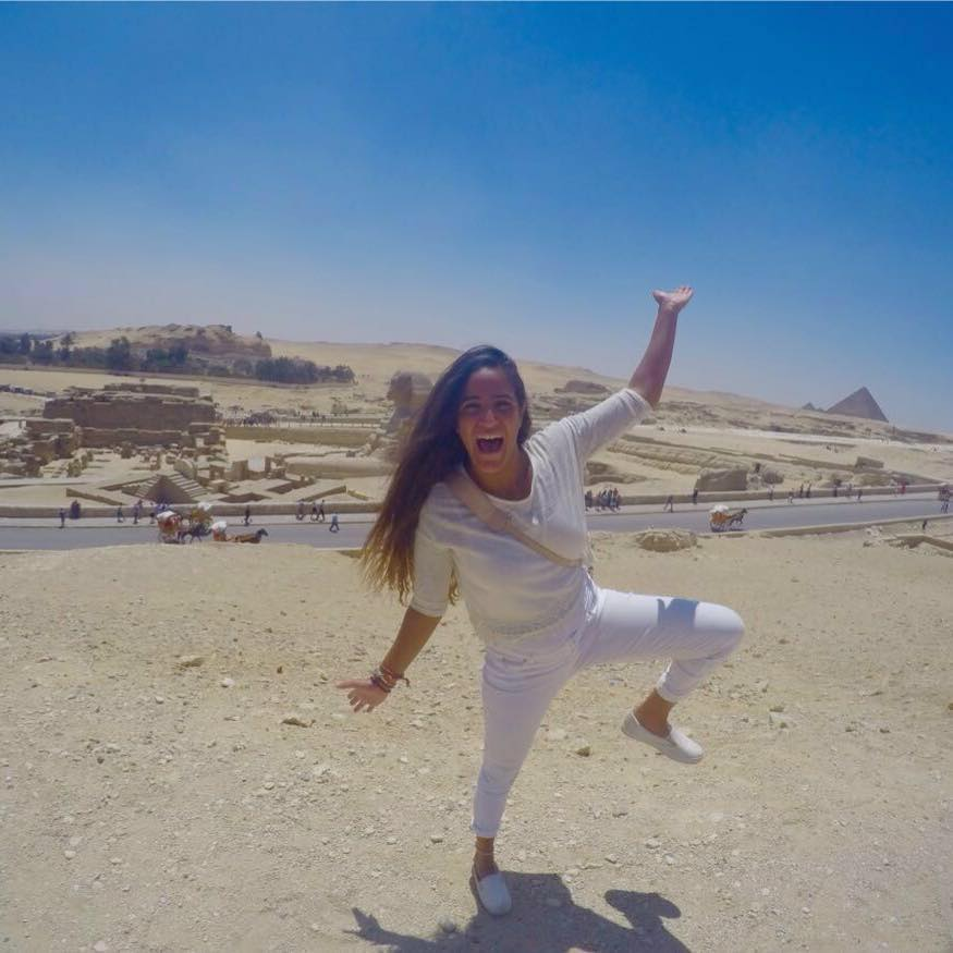 هانيا فى الاهرامات