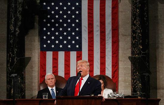 الرئيس الأمريكى يلقى خطاب حالة الاتحاد فى مبنى الكابيتول