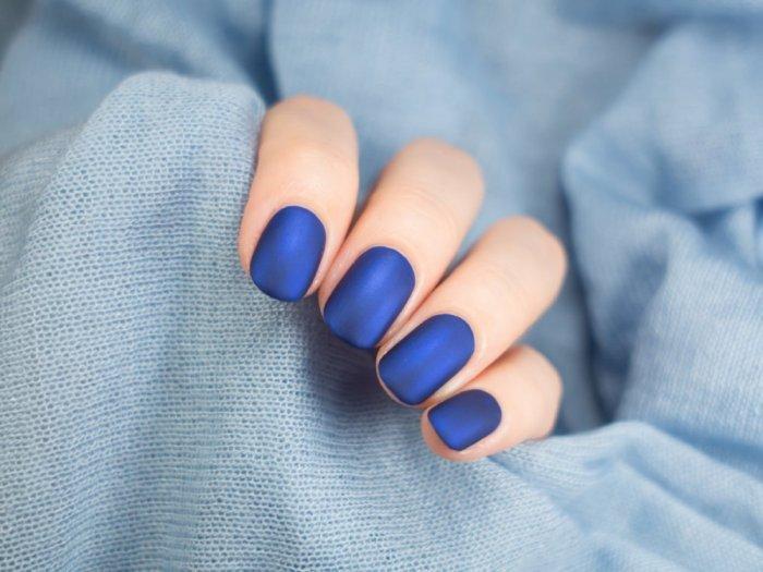لون أزرق