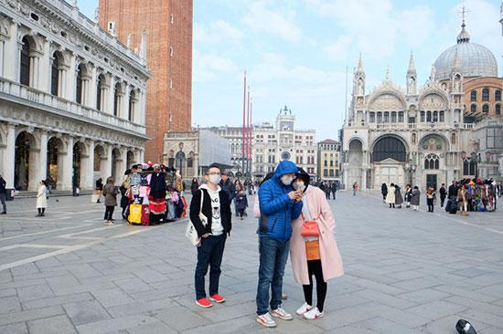 السياح فى إيطاليا (2)
