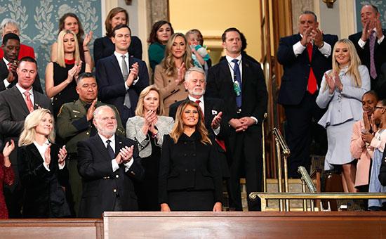 وصول ميلانيا ترامب وضيوفها وأفراد أسرة ترامب