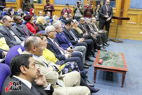 مؤتمر وزير التربية والتعليم (16)