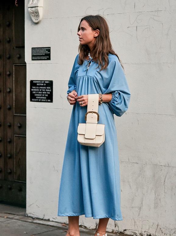 فستان لبنى واسع