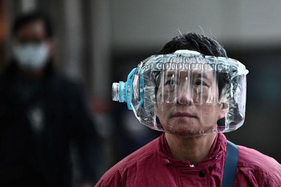 قناع من زجاجة بلاستيكية