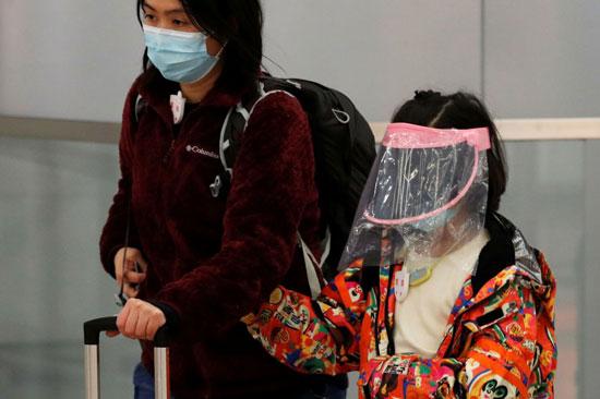 أم وإبنتها فى هونج كونج