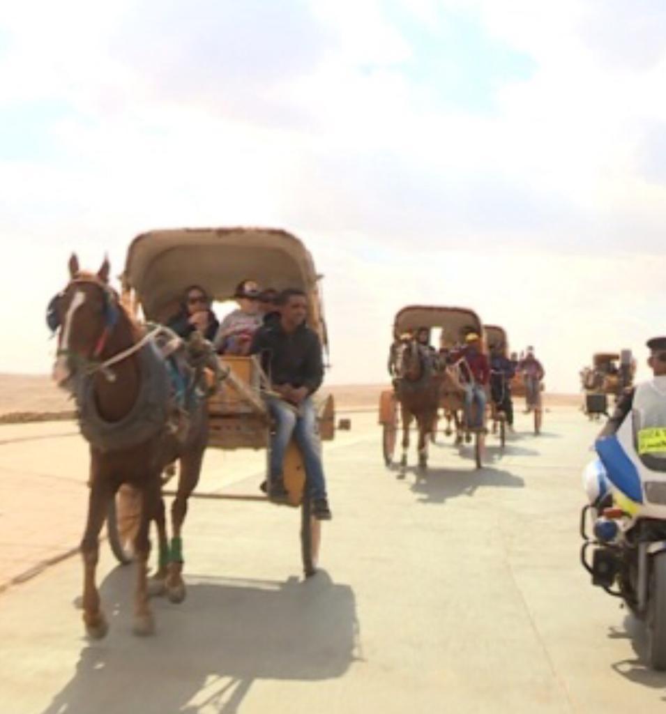 أبناء شهداء الشرطة في رحلة إلى الأهرامات (2)