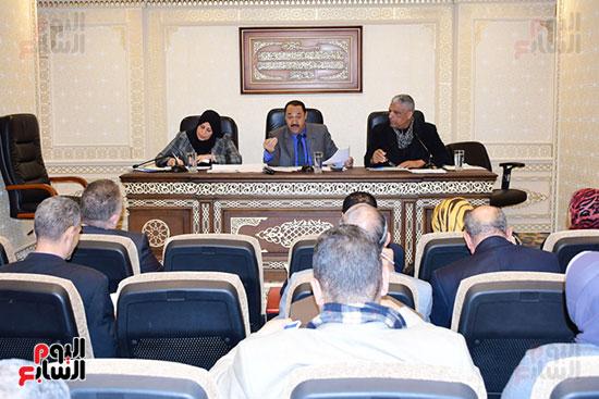 لجنة الإدارة المحلية بالبرلمان (4)